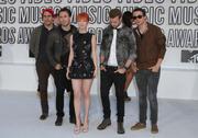 http://img279.imagevenue.com/loc478/th_81760_Hayley_Williams_2010_MTV_Video_Music_Awards7_122_478lo.jpg