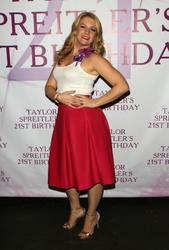 Melissa Joan Hart - 21th birthday Taylor